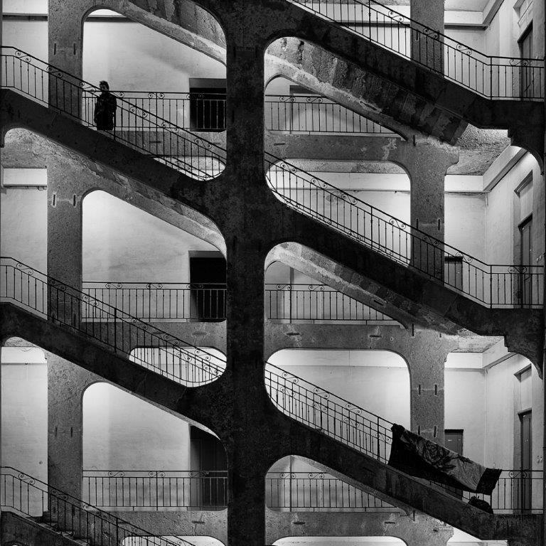 """""""Cour des Voraces"""" -Daniel MORIN-OI-Lyon"""